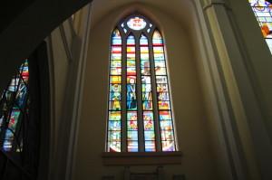 Witraż w kościele pw. Niepokalanego Serca Najświętszej Maryi Panny