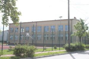 Hala Sportowa, Publiczne Gimnazjum nr 2
